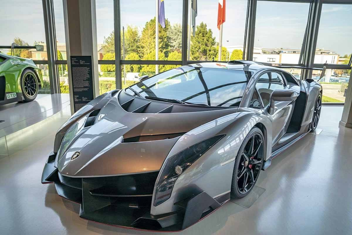 most expensive lamborghini veneno