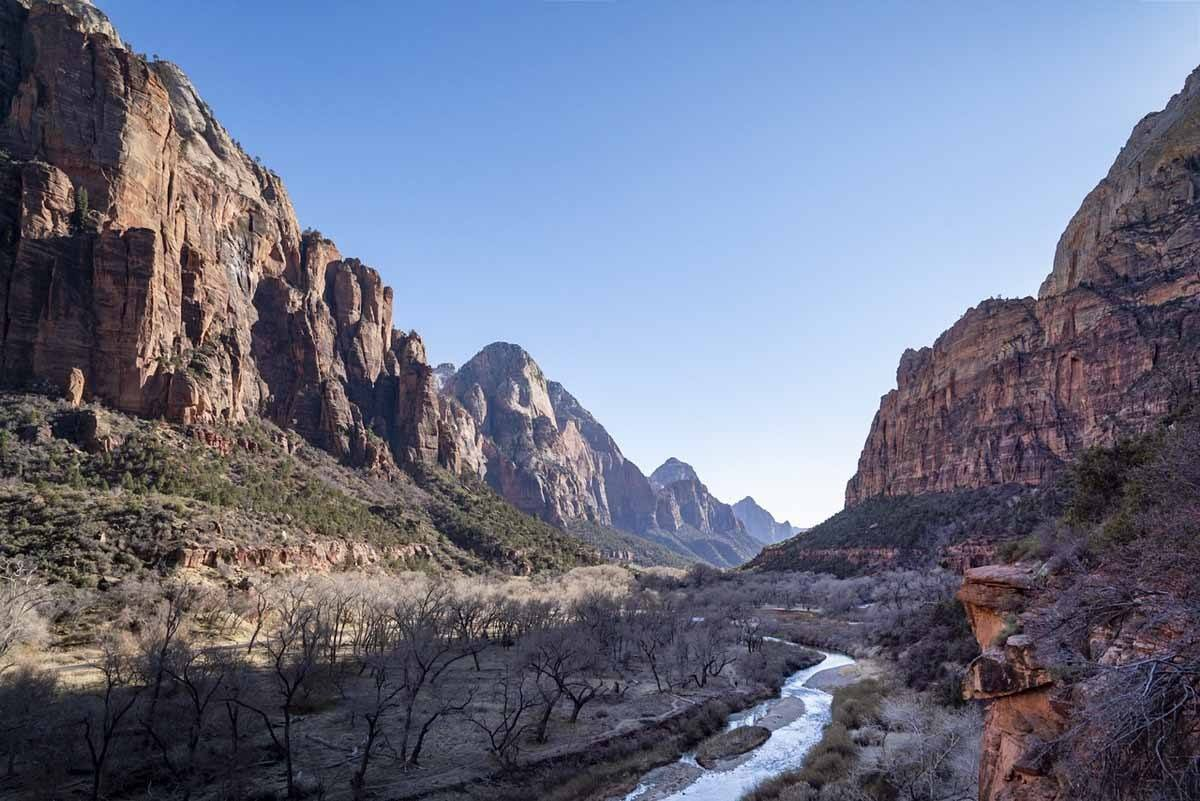 zion national park canyon and river