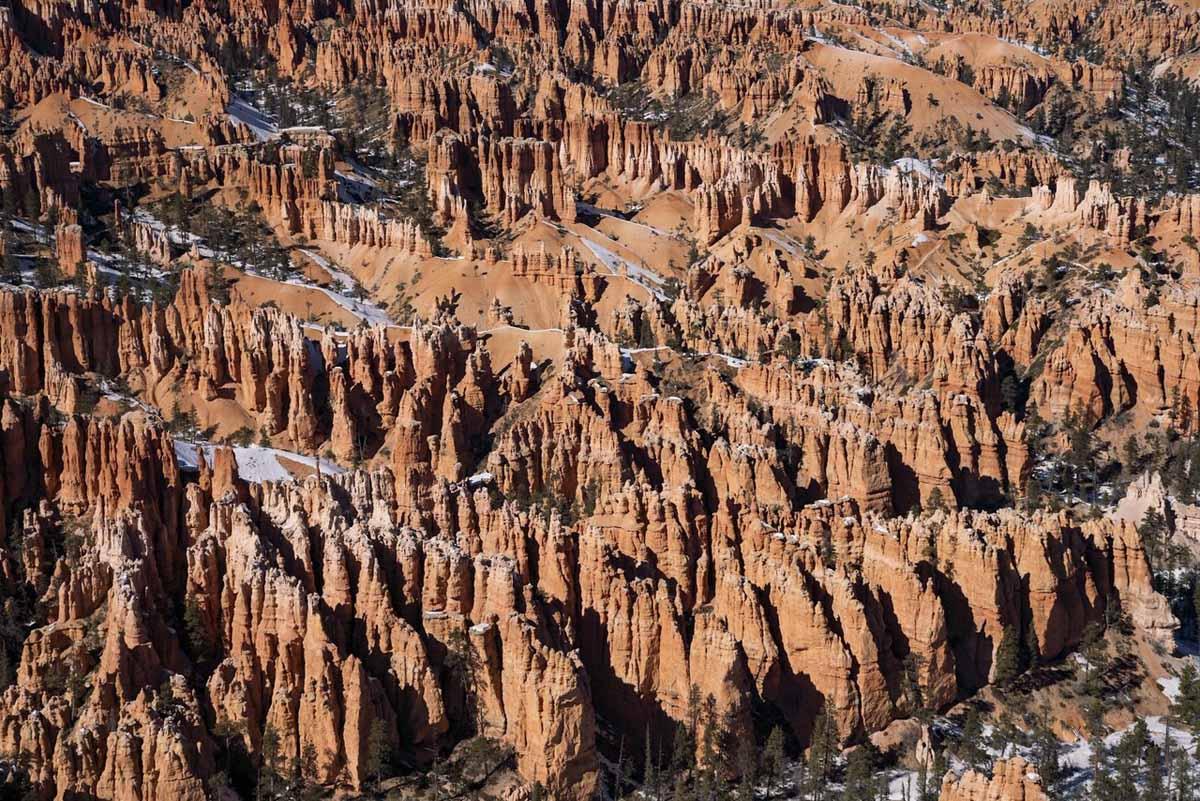 bryce amphitheater close up rocks