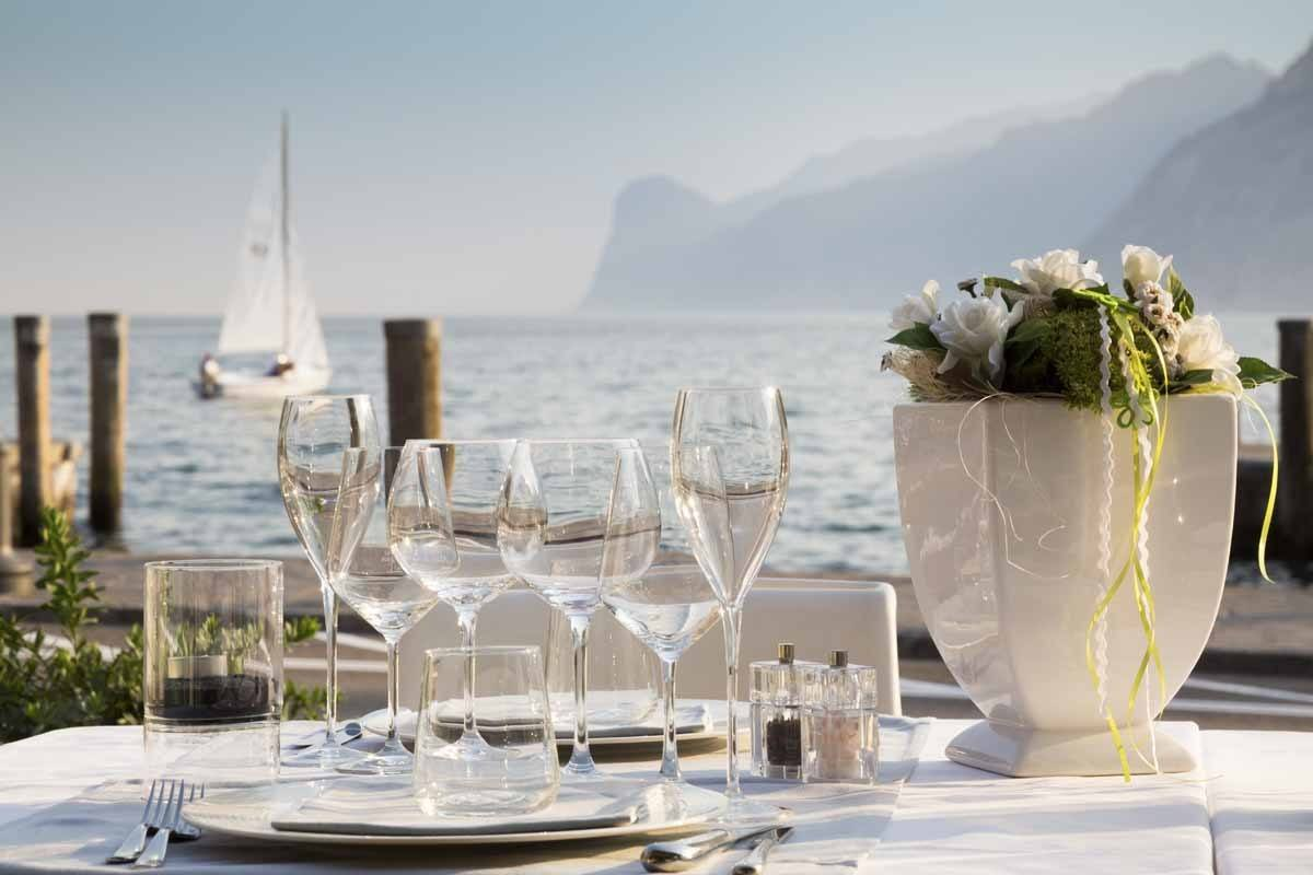 aqua restaurant torbole view