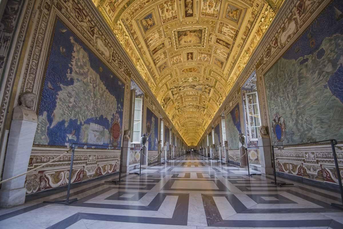vatican-museums-maps-room