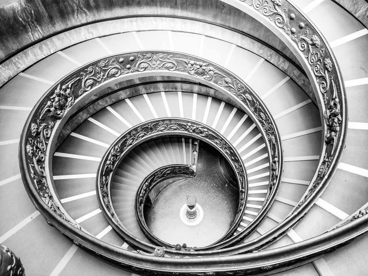 vatican-museums-staircase