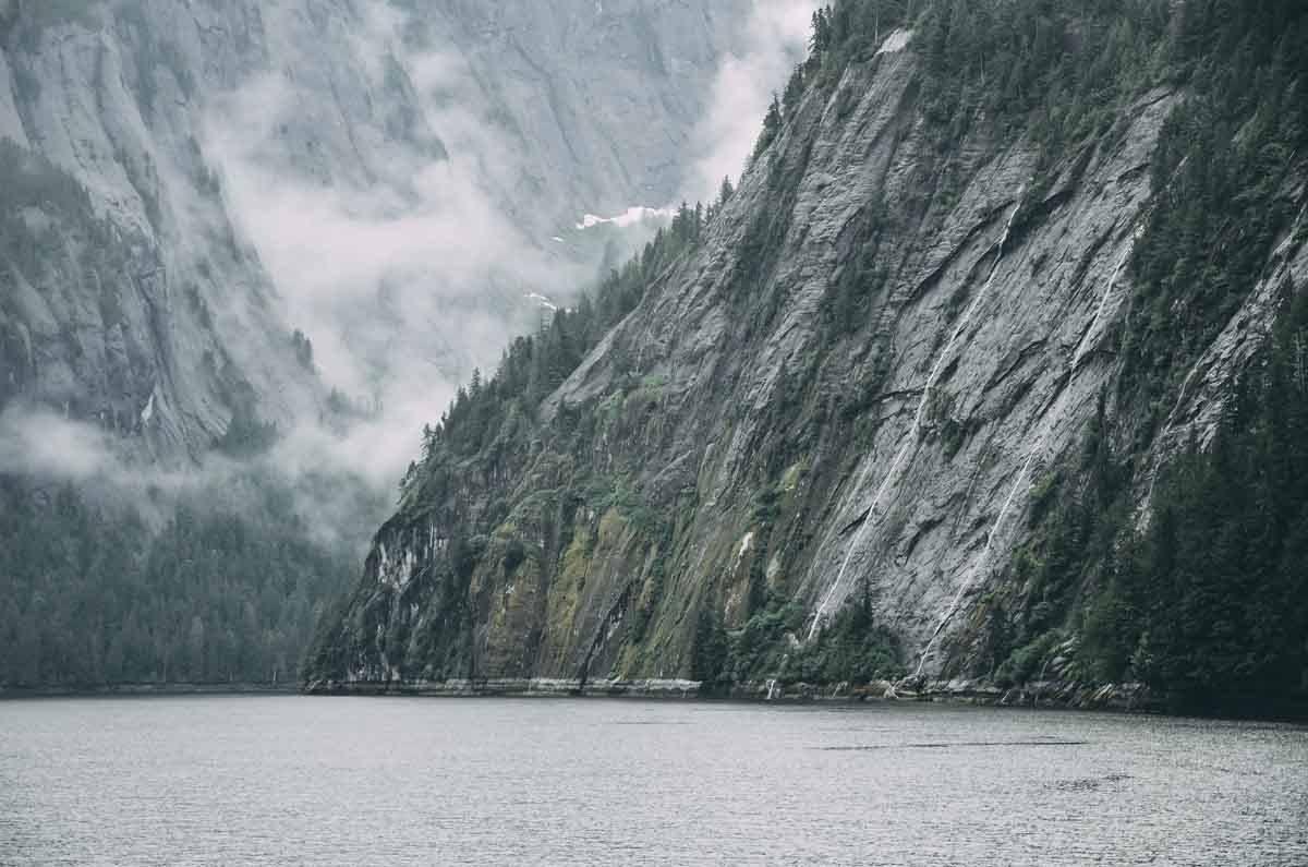 alaska gates arctic