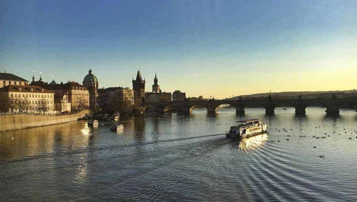 Prague-Vltava-Rivière