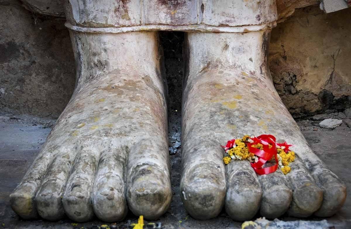 pied du Bouddha sukhothai