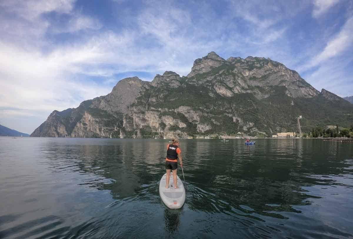 paddleboarding-lake-garda
